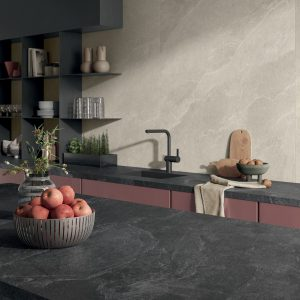 7556_n_PAN-stonetrace-abyss-naturale-6mm-glade-naturale-6mm-kitchen-002